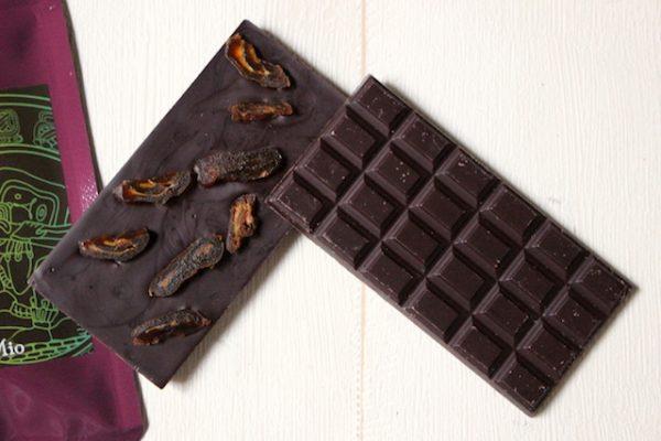 生命力やエネルギーの高いカカオの魅力に魅せられ、ローチョコの世界へ。カカオ豆の魅力を最大限引き出した、生きているチョコレートとは。