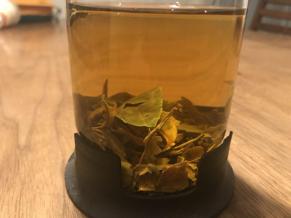 農薬不使用の茶葉を贅沢に手摘みした春摘みのクラシックティは、不安解消リラックスティでした。