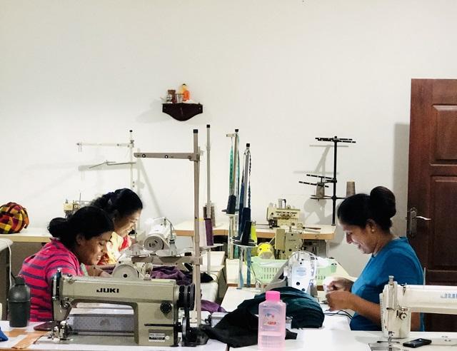大好きなスリランカで仕事をしよう|溢れかえる大量生産品ではなく、いつまでも長く着れるオーガニックな服づくりに取り組む理由